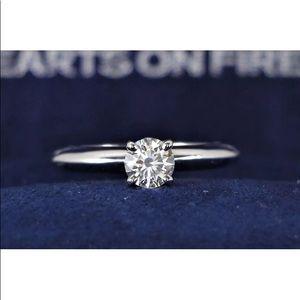 Other - Stunning new diamond ring, 18k gold w/ appraisal!